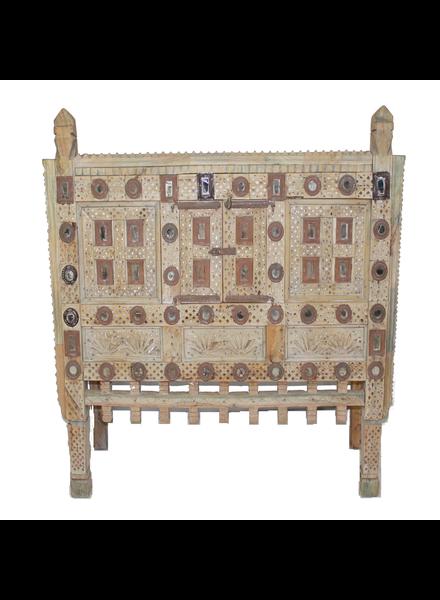 Vintage Indian Damchiya - Light wood