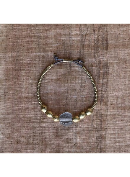 OraTen Seaglass Beaded Brass Bracelet - Grey