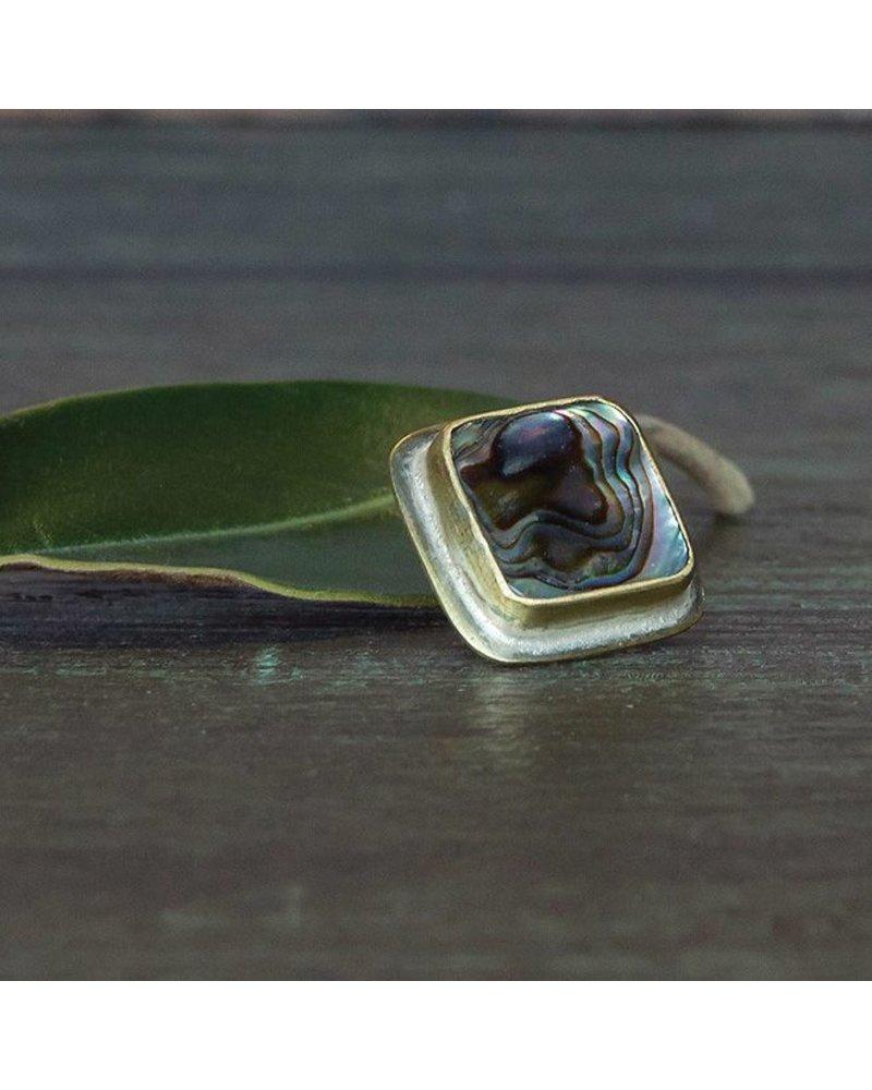 OraTen Lapel Brass Pin - Abalone Shell