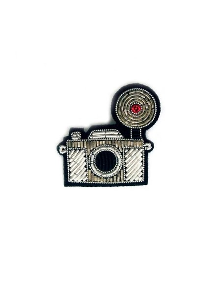 Macon & Lesquoy Pins Camera Pin
