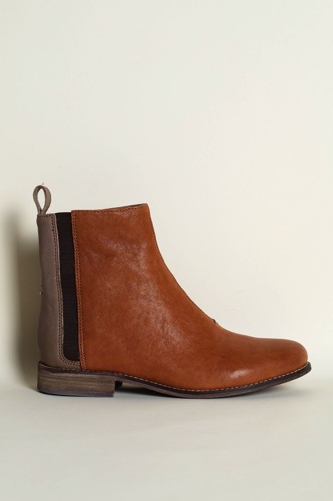 Australia 39 Terracotta/Grey Chelsea Boots WAS $235