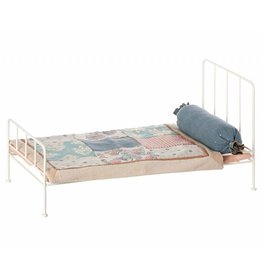 Metal Bed medium, Off White