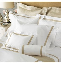 "Matouk MATOUK Fitted Sheet-Queen/Milano/Ivory/ 17"", 600TC"