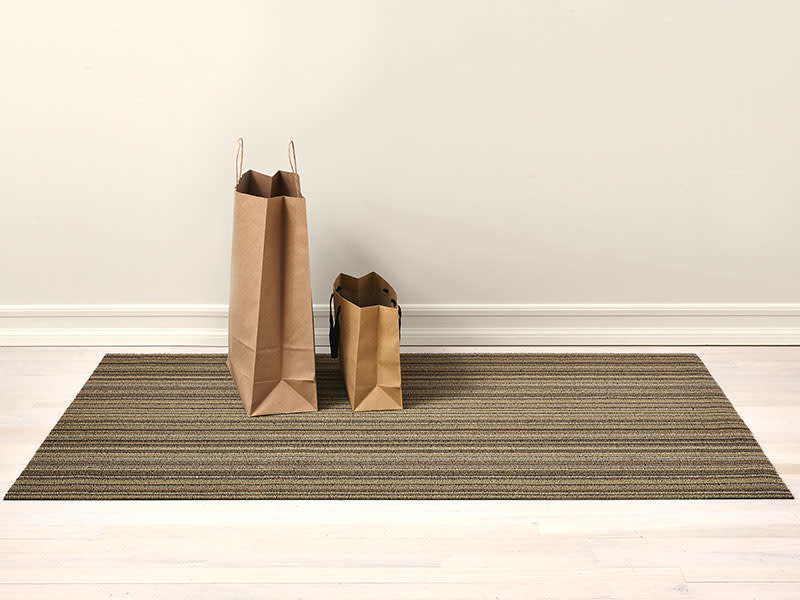 Chilewich Skinny Stripe Shag Indoor Outdoor Rug