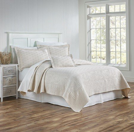 Palmer Coverlet and Shams