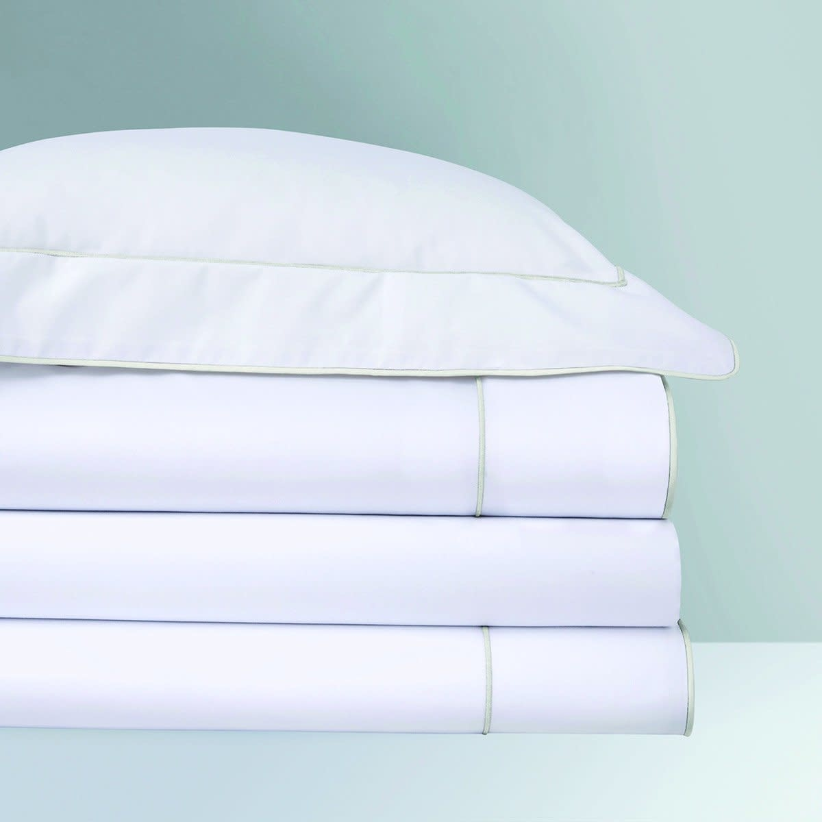Yves Delorme Flandre- 100% Supima Percale, Embroidered/Piped