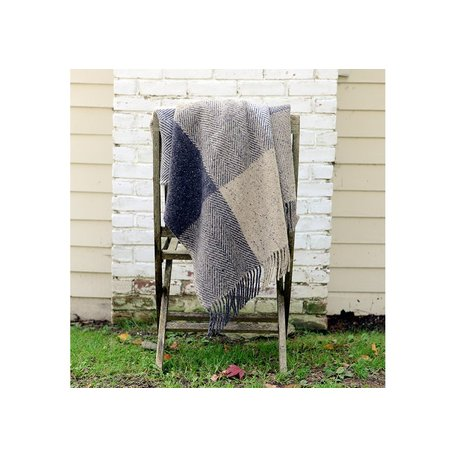 Heavy Donegal Throw in Grey
