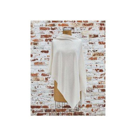 Cashmere Poncho in Ivory