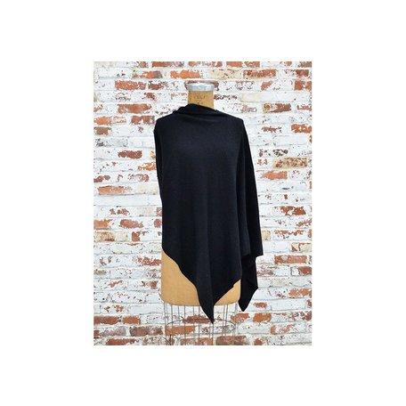 Cashmere Poncho in Black