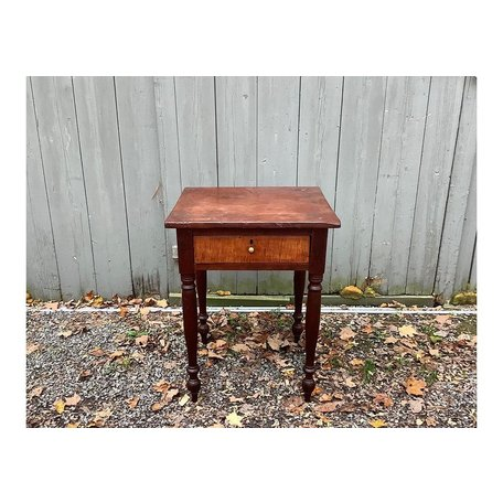 Early 1800's One-Drawer Stand With Tiger Maple Drawer