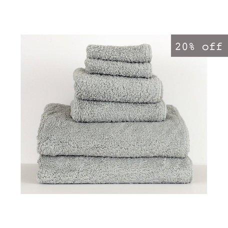 Super Pile Egyptian Cotton Hand Towel in Platinum