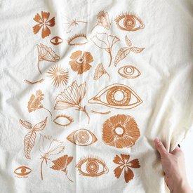 Native Bear Tea Towel : Fall Botanicals