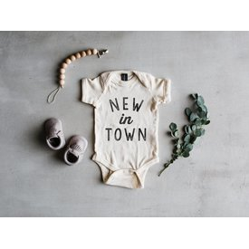 The Oyster's Pearl New In Town Onesie / Grey