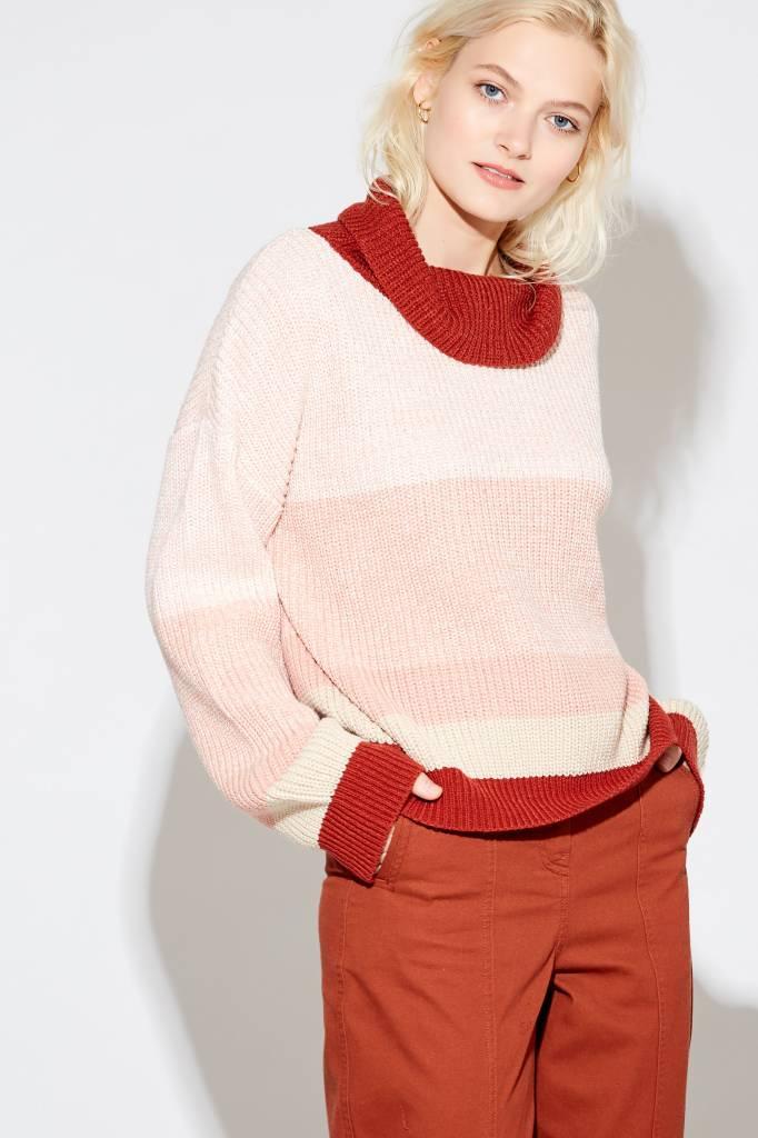 28c6e41f9 Nathalee Mock Sweater