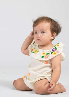 Akshu and Ing Natural White Daisy Bubble