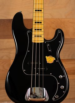 Squier Squier Classic Vibe '70s Precision Bass®,  Maple Fingerboard,  Black