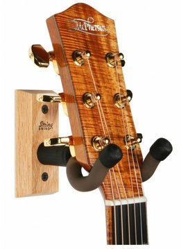 String Swing Guitar Wall Keeper - Oak