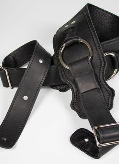 "Franklin 3.5"" Leather Bass Ring Strap, Black"