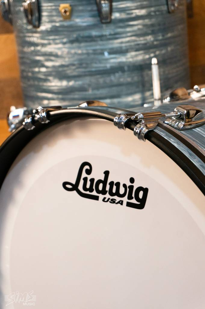 """Ludwig Ludwig Classic Maple 3 Piece 22"""" Shell Pack, Vintage Blue Oyster"""