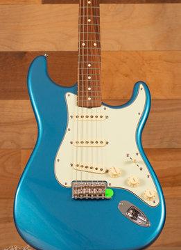 Fender Fender Classic Series '60s Stratocaster®, Pau Ferro Fingerboard, Lake Placid Blue