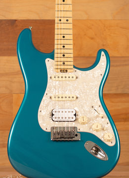 Fender Fender American Elite Stratocaster HSS,  Maple Fingerboard,  Ocean Turquoise