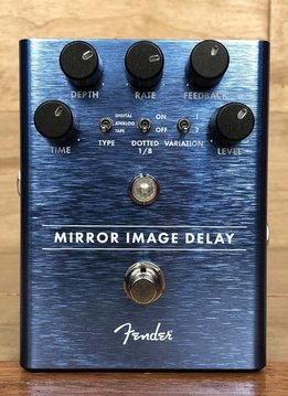 Fender Fender Mirror Image Delay - mint