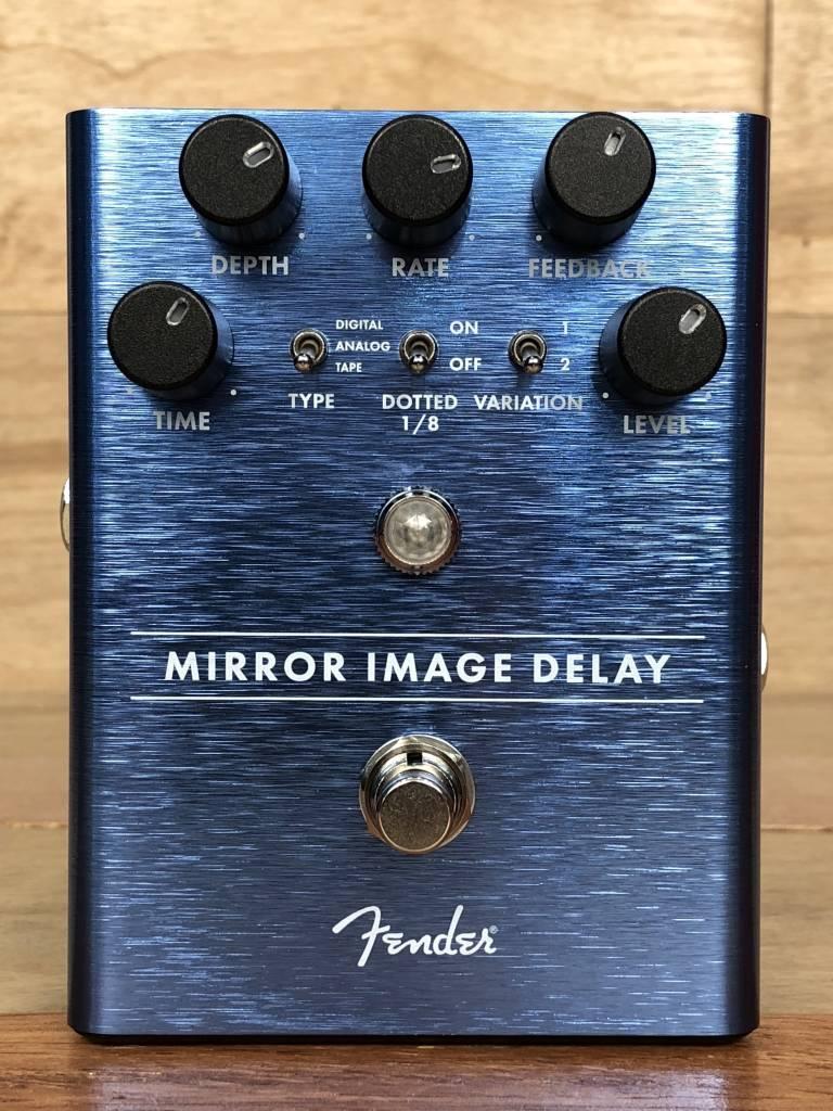 Fender Fender Mirror Image Delay - mint