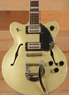 Gretsch G2655T Streamliner™ Center Block Jr. with Bigsby®, Broad'Tron™ Pickups, Golddust