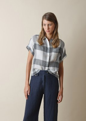 Indi and Cold Camisa Check Button Down