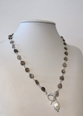 BlacKnot Jewellery Smoky Quartz Toggle Necklace