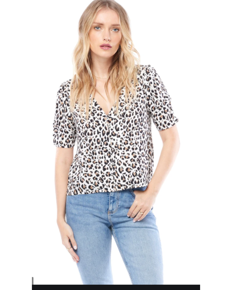 Saltwater Luxe SWEET LEOPARD SHORT SLEEVE TOP