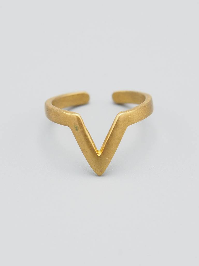 V Brass Ring
