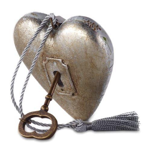Art Hearts 25 Years of Love