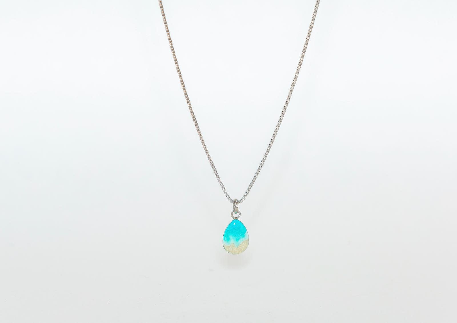 Wellington Michael Collection Shoreline Tear Drop Necklace