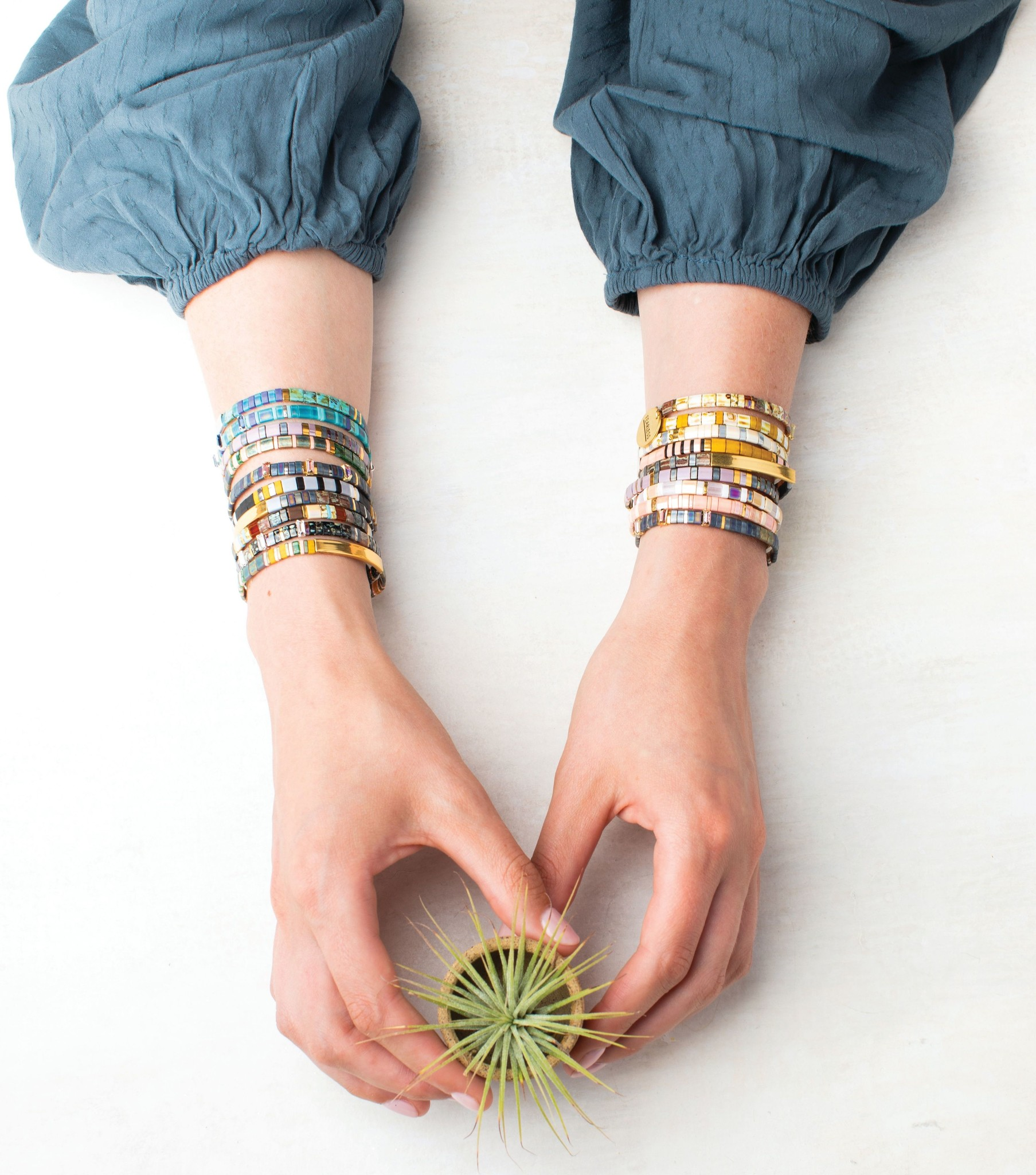 Scout Curated Wears Good Karma Miyuki Bracelet | Gratitude - Earth/Sky/Silver