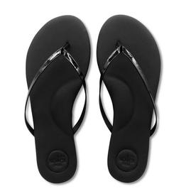Solei Sea Black Patent Flip Flop