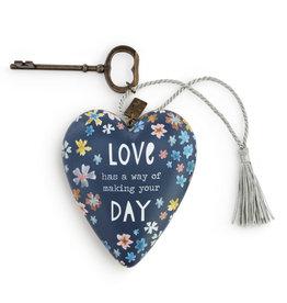 Art Hearts Love Has a Way