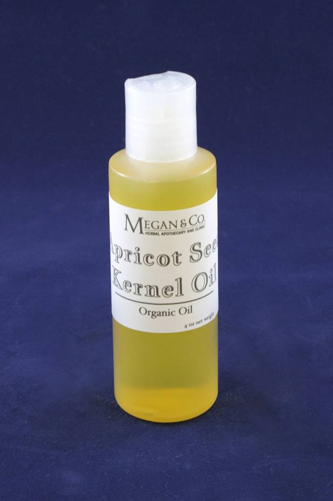 Apricot Seed Kernel, Oil 4 oz