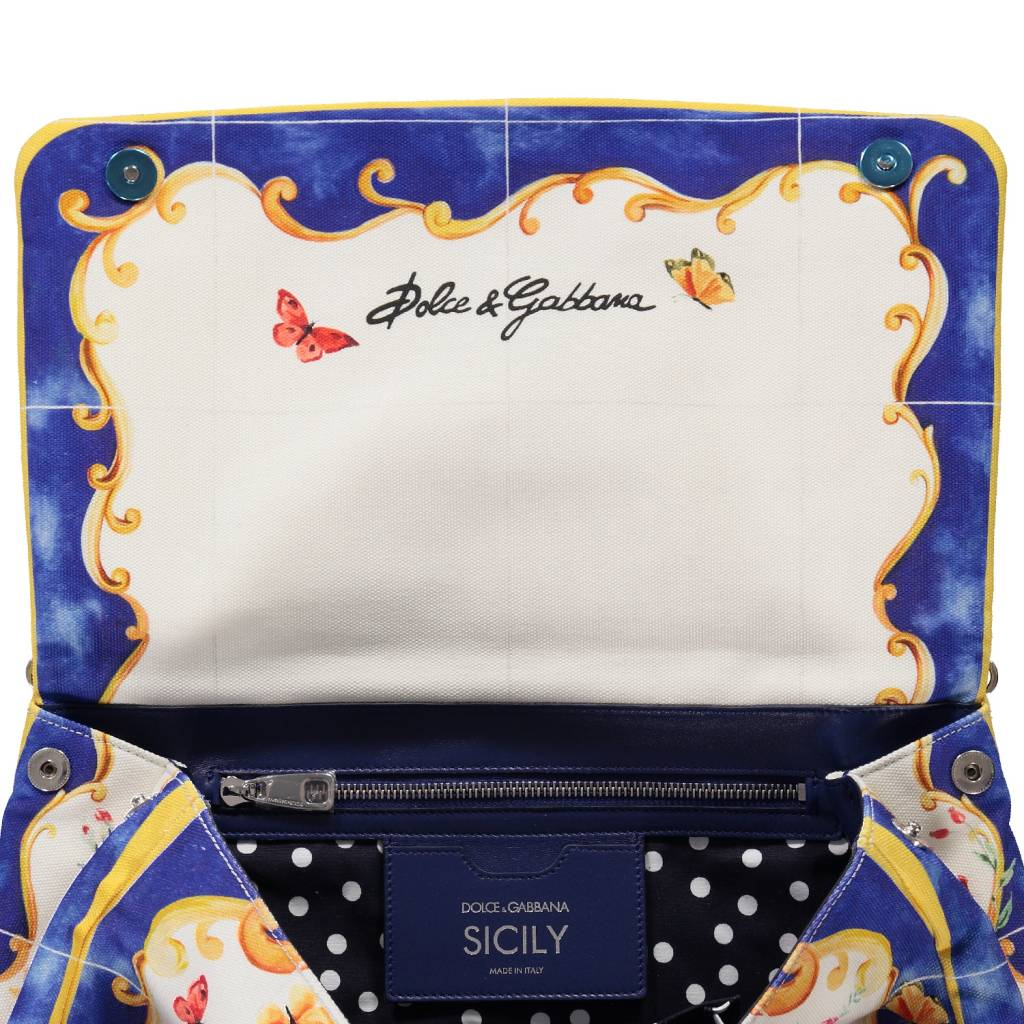 6db750e8012 ... Dolce   Gabbana N A - Dolce   Gabbana Runway Miss Sicily Flower Bag