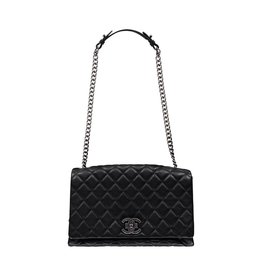 Chanel NON DISPONIBLE - Chanel sac à épaule noir City Rock