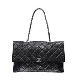 Chanel NON DISPONIBLE - Chanel sac à épaule rectangulaire ultra mince matelassé
