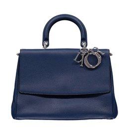 Christian Dior NON DISPONIBLE - Dior sac moyen Bedior couleur pétrole en cuir grainé