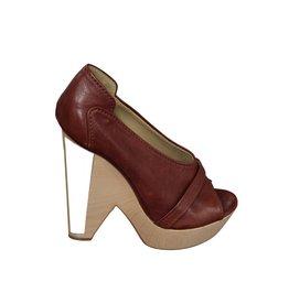 Chloé Chloé sandale à talon compensé en cuir