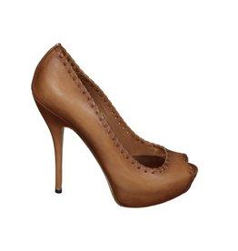 Gucci NON DISPONIBLE - Gucci escarpin à bout ouvert en cuir beige
