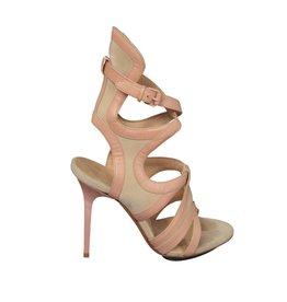 Balenciaga Balenciaga sandale à talons hauts avec ganses rose