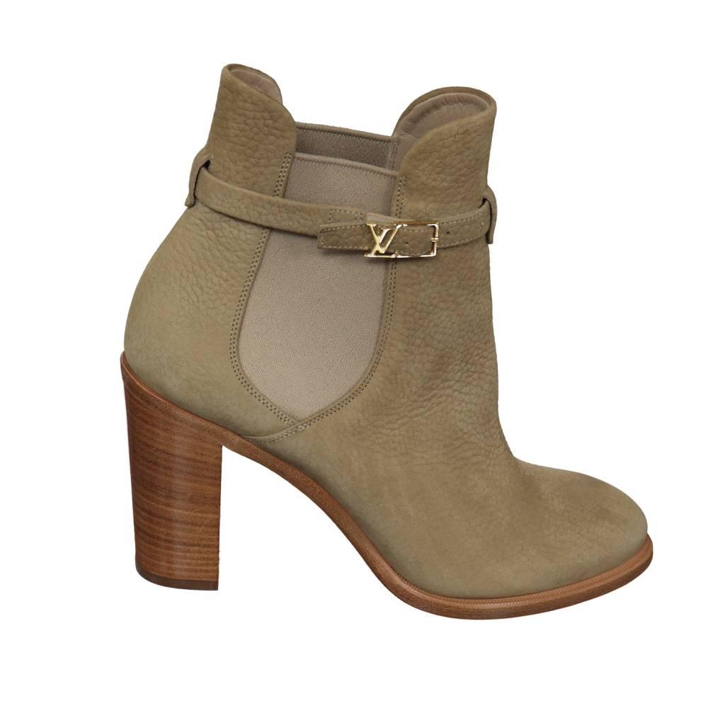 Louis Vuitton N/A - Louis Vuitton Beige Booties with Wooden Heels