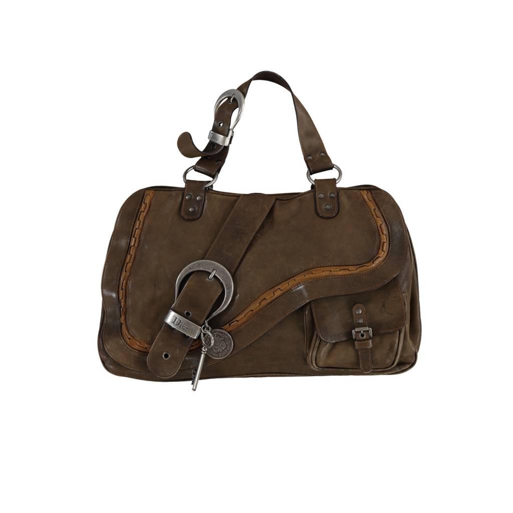 8cbc1c584a4 Christian Dior Christian Dior sac à main Gaucho en cuir brun ...