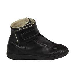 Martin Margiela N/A - Maison Martin Margiela Black High Top Sneakers