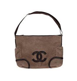 Chanel Chanel sac à l'épaule en mouton et fourrure