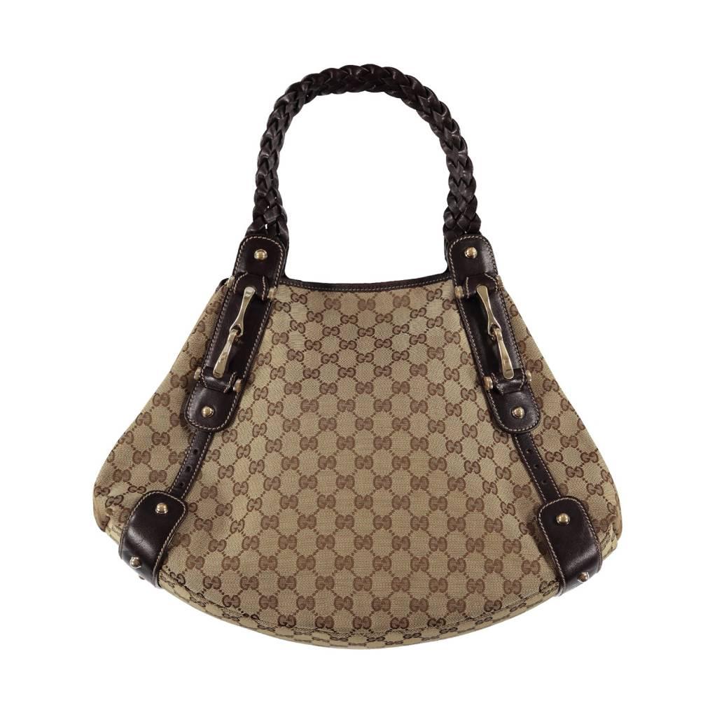 65b3500e83ff Gucci GG Supreme Canvas Hobo - Boutique LUC.S